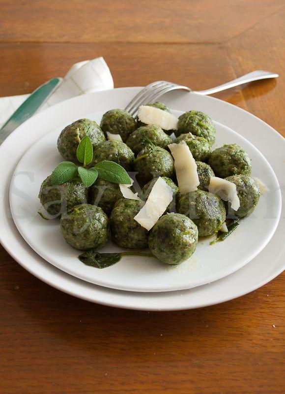 Gnocchi di spinaci alla triestina