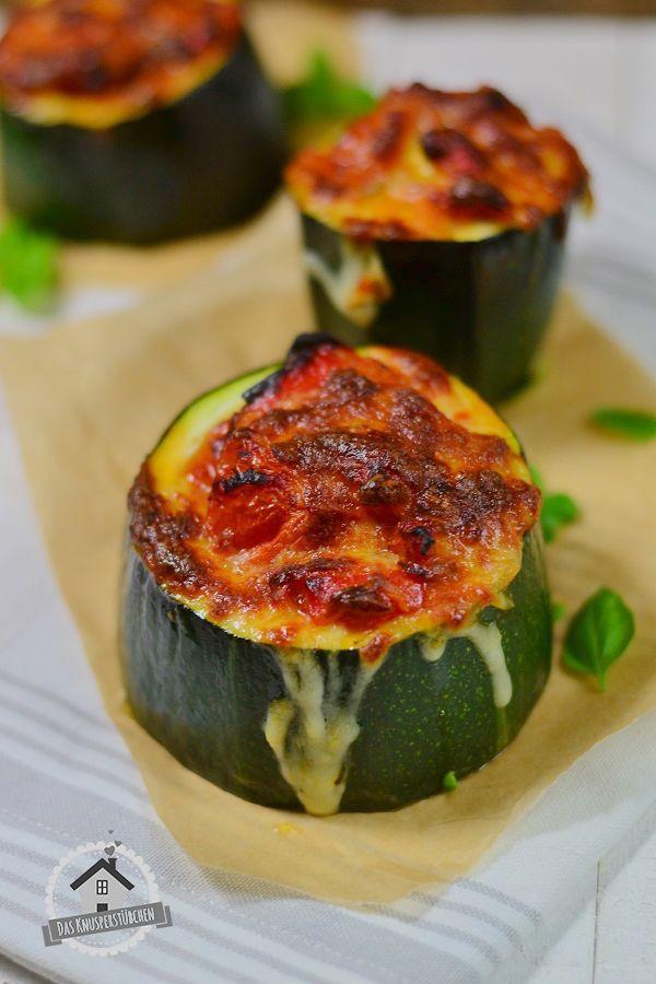 Filled Courgette - Zucchini mit mediterraner Füllung | Das Knusperstübchen
