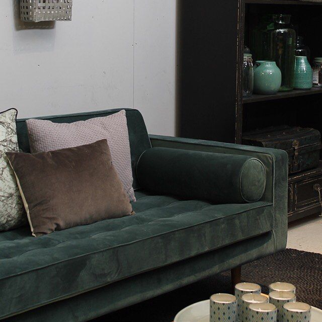 1000+ idee u00ebn over Groene Bank op Pinterest   Fluwelen sofa, Fluwelen bank en Interieurs