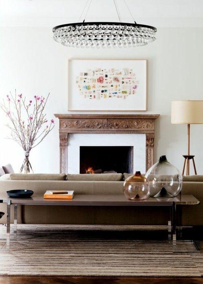 wohnzimmer dekorieren couchtisch und kronleuchter kristall