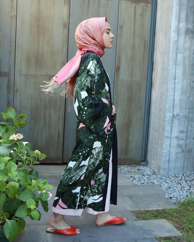 259 vind-ik-leuks, 22 reacties - H O O O P S ! (@hooopstore) op Instagram: 'hey hooopssister tropikal cotton bir kimonoya ne dersin ?  118cm boy •standart beden •seyyar…'