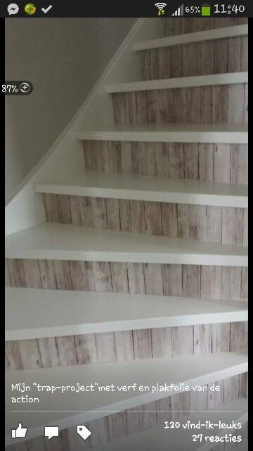 Trap bekleden met plakplastic van de action trap pinterest tes pallet wood and i love - Decoratie interieur trap ...