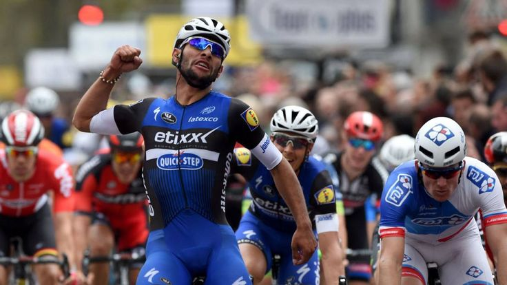 ¡Fernando Gaviria histórico! Gana la París-Tours