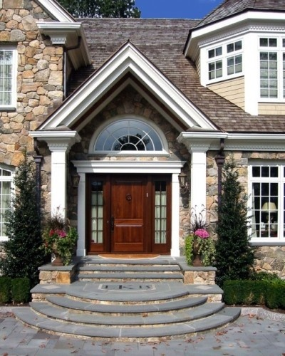 Front Door Step Ideas: Best 25+ Traditional Exterior Ideas On Pinterest