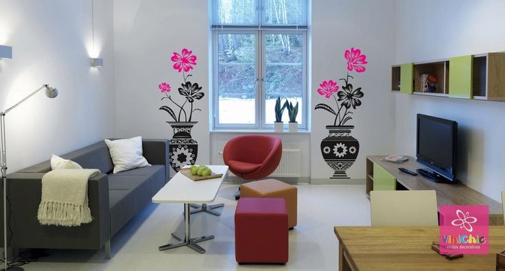 Dos jarrones con #motivos #florales para poner el toque natural a tu #salón. #Decoración del #hogar #Vinilos #Vinilos #decorativos