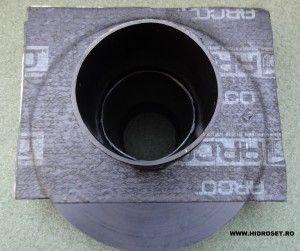 Sistem scurgere la nivel de bariera vapori, intr-o montare de sifoane pe doua nivele de hidroizolatie.