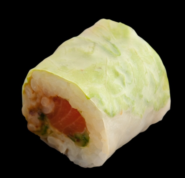 Spicy Salmon Summer Roll at Sushi Counter - 24 AED (6 pieces) - call for delivery in Dubai!