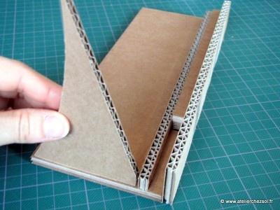 [DIY Support tablette numérique en carton - Tutoriel gratuit offert par l'Atelier Chez Soi
