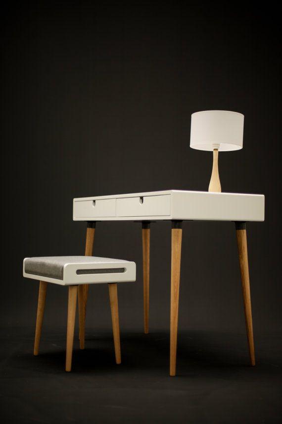ber ideen zu schminktisch modern auf pinterest schminktisch moderne kommode und. Black Bedroom Furniture Sets. Home Design Ideas
