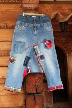 Verrückte Denim Jeans Raster appliziert recycelt Yogahosen. Hergestellt aus recyceltem Kleidung. Einzigartiges Design. Ein von einer Art. Größe: L -XL (Europäische 40-42) Oberen Riemen - Taille oder uper Hüften Ebene - 35 Zoll (89 cm) Unteren Gurt - 39 Zoll (100 cm) Max Hüften legen ungefähr 44 Zoll (111 cm) in den unterschiedlichsten Länge 39 Zoll (100 cm)