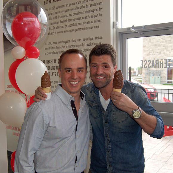 Marc Dupré et Guy Mongrain à l'ouverture du Chocolats Favoris de Terrebonne | HollywoodPQ.com