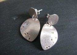 Boutique en ligne - Bijoux contemporains métaux précieux