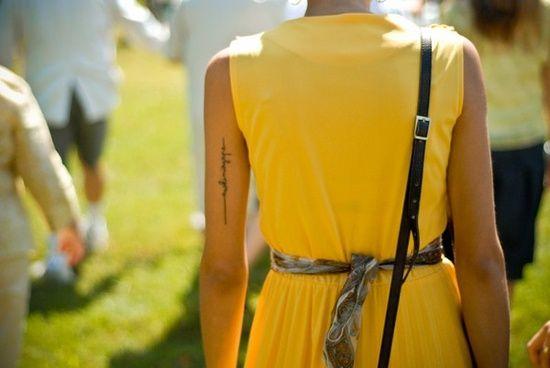 Les 25 meilleures id es concernant tatouages en arri re bras sur pinterest tatouages noirs - Tatouage arriere bras ...