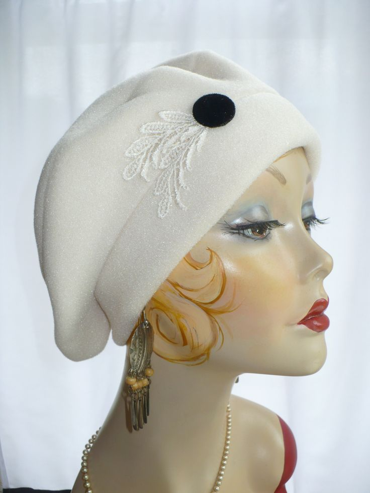 Creamy white polar fleece beret with Venetian lace leaves. greathat.com