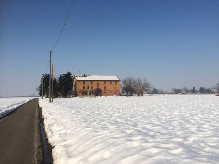 Cadelbosco Sopra Snow day