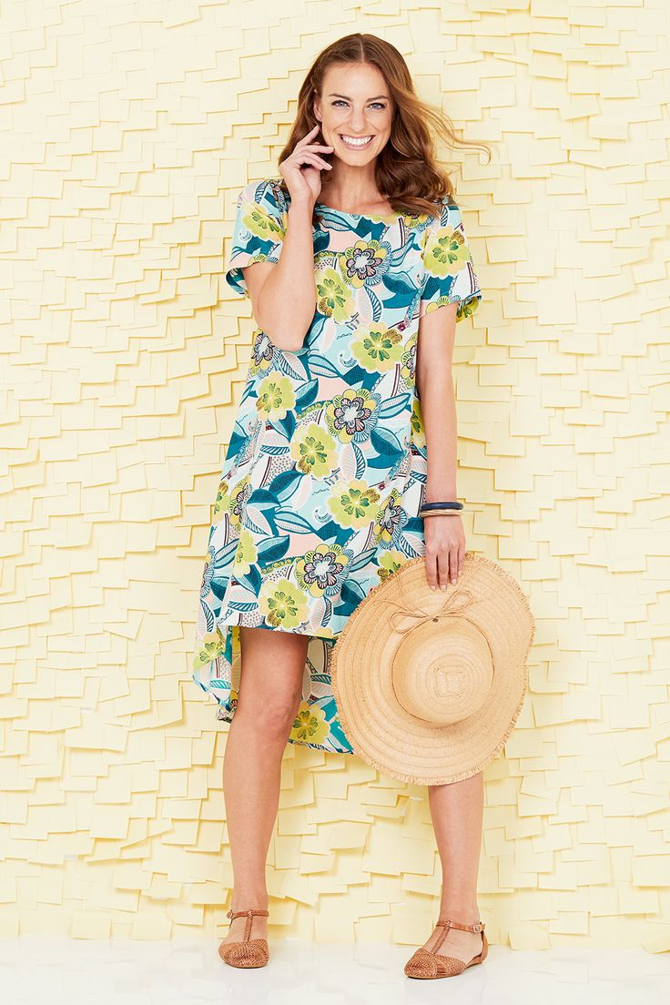 HANDPICKED BY BIRDS - Printed High-Low Dress