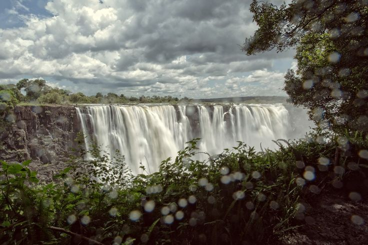 [charnette.se] Visit to Victoria Falls - see it on Padawan & Ponderer Blog. #travel #zimbabwe #waterfall