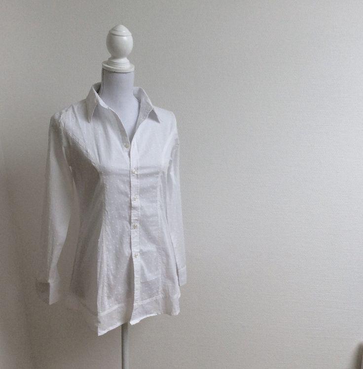 PHALLA II White Tailored Shirt with Polka Dots