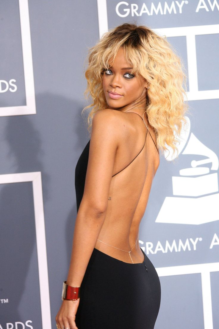 rihanna blonde and backless