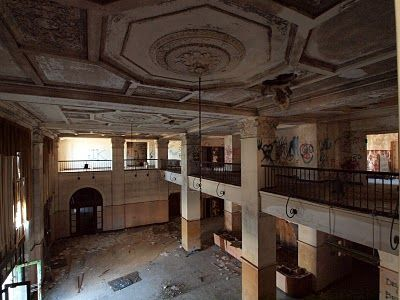 The Hotel Grim Texarkana Tx Derelict Now But I Lived There Briefly