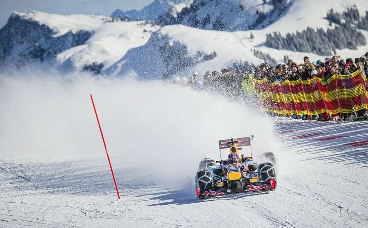 GALERIE: Tomu neuvěříte: Formule 1 se nebojí sněhu, řádí na sjezdovce v Alpách (videa) | FOTO 26 | auto.cz