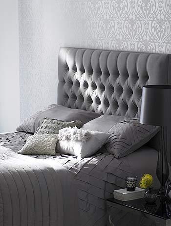 Grey bedroom, like the wallpaper