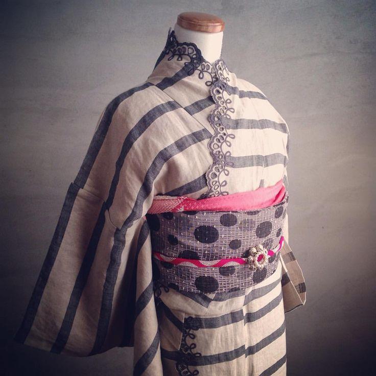 ブランド着物 「DOUBLE MAISON」 をレンタルしてみませんか♪ 従来のルールに制約されない 着物と洋服の垣根を超えた おしゃれな着物 梅鉢オリジナルの帯とコーディネートしてみました☺︎ 春の散策、お花見、女子会に ドゥーブルメゾンの着物で ちょっと差をつけてみませんか☺︎ 梅鉢プレミアムプラン *レンタル9800円* #kimono梅鉢 #kimono #着物 #着物レンタル #アンティーク着物 #着物で散策 #女子会 #きものコーディネート
