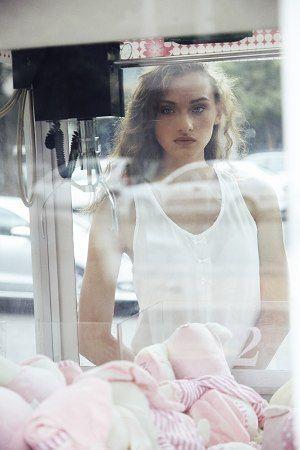 My Booker Management Agency - Lené - model and talent portfolios