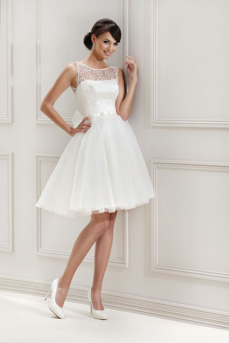 Kurzes Brautkleid aus der Agnes by Mode de Pol Kollektion 2015 :: short bridal…