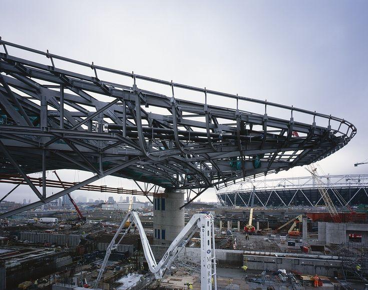 Gallery of London Aquatics Centre for 2012 Summer Olympics / Zaha Hadid Architects - 30