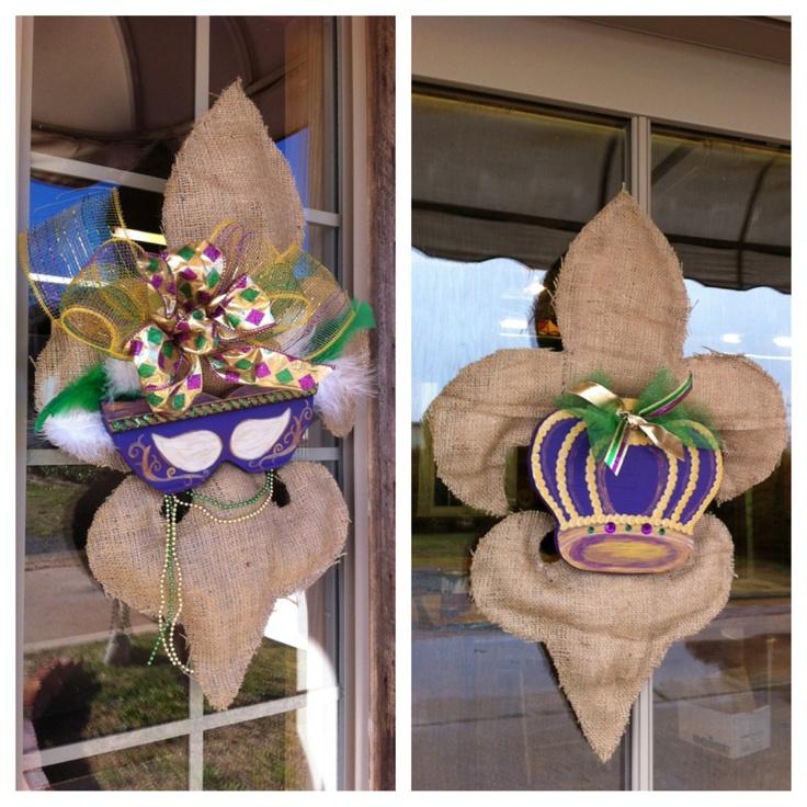 Custom Mardi Gras Burlap Fleur de Lis Door or Wall Hanging. via Etsy.