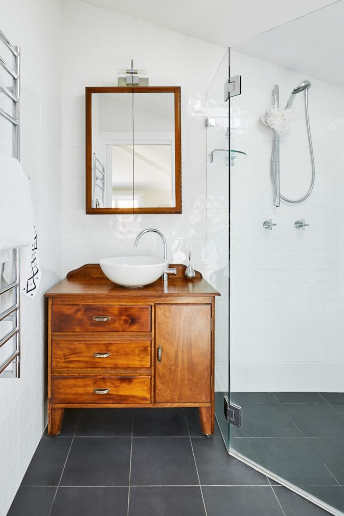 Ensuite - another vintage cabinet