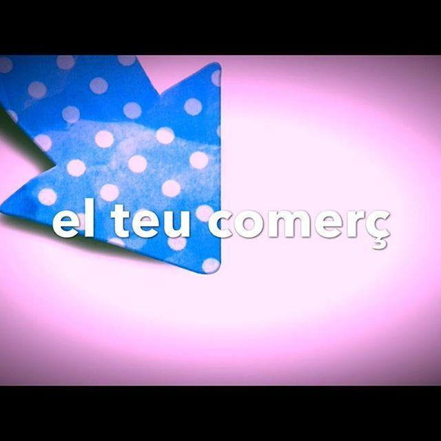 SOM INCONDICIONALS #SOM SEMPRE AL TEU COSTAT... Gaudeix d'un #SantValentí de luxe #passeja #gaudeix #compra a la #xarxadelport als carrers del #PortDeCambrils #Cambrils Tenim els millor #comerç i per això t'esperem a la porta de les nostres #botigues  per #celebrar la traca de les #rebaixes amb Tu