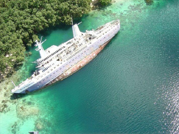The World Discoverer Is An Abandoned Cruise Ship Near Solomon - Cruise ship google earth