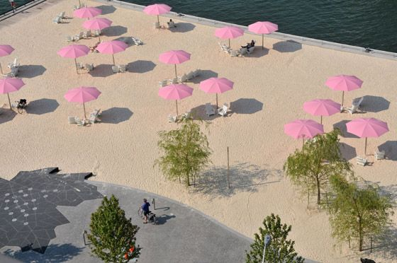 Sugar Beach, Toronto   Claude Cormier