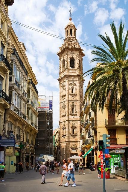 Torre e iglesia Santa Catalina, València - Revista CheCheChe