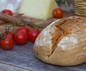 Pane al pomodoro a lievitazione naturale