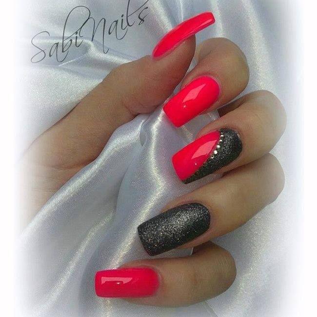 Bellissime, semplici e travolgenti. Come giudicheresti tu questa nail art?  https://www.facebook.com/photo.php?fbid=10152533730413453set=pb.271651468452.-2207520000.1402584024.type=3theater