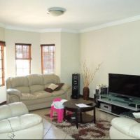 4 bedroom house for rent in Ruimsig, Roodepoort