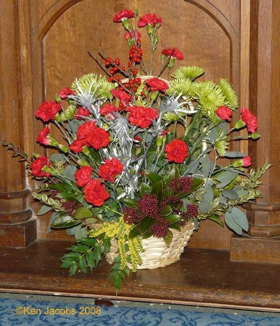 Best 25 Altar Flowers Ideas On Pinterest: 21 Best Images About Christmas Church Flowers On Pinterest