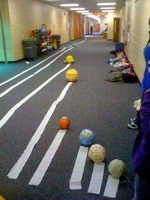 Ejemplo de proyecto muy visual para explicar la distancia entre los planetas de forma escalada!
