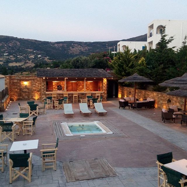 Alykes Hotel... relax mood.. and of course a bar.. #greece #evia #marmari #alykes #vacations #relax