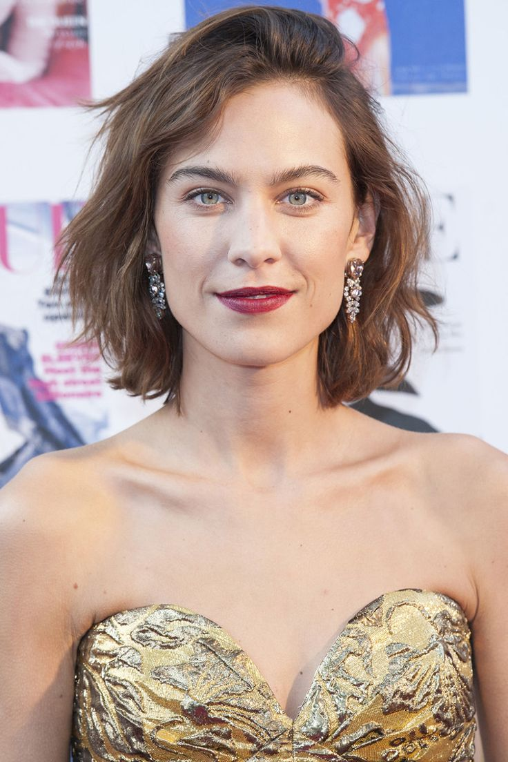 Alexa Chung - The longest pieces of Chung's above-the-shoulder bob are actually in the back, with the front pieces angled upwards around the face. The result is a cut that looks choppy and unfussy any which way.