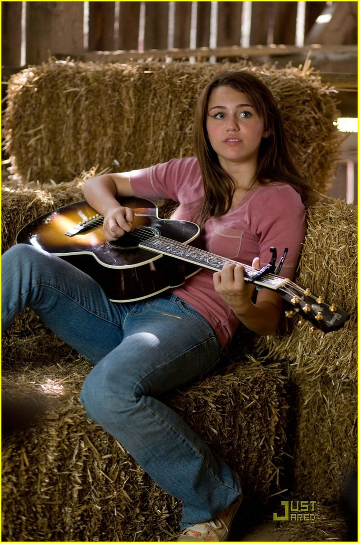 I miss the old Miley who else wishes she didn't change?