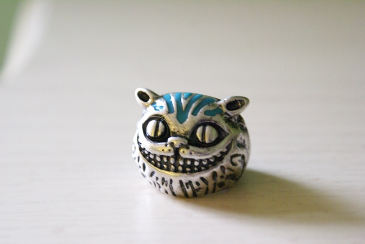 Cheshire Cat Ring by foowahu-etsy.deviantart.com