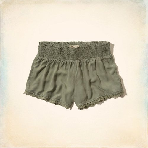 Pearl Street Short-Shorts i loooove the lace on the bottom