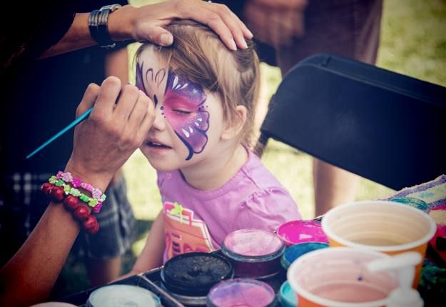 How to make your own face paint