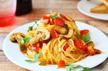 Как приготовить соус для спагетти? Пошаговые рецепты приготовления томатного, сырного или сливочного соуса