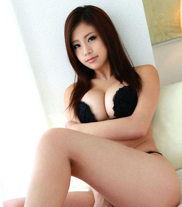 thin dark hair mature nude woman