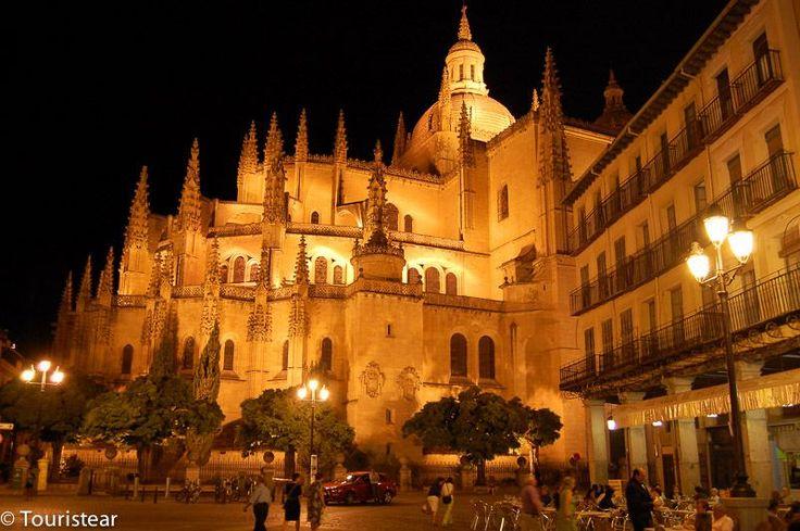 Catedral Segovia noche